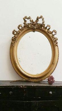 Miroir ovale ancien style Louis XV