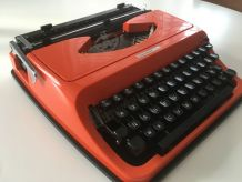 Machine à écrire vintage orange Underwood 130