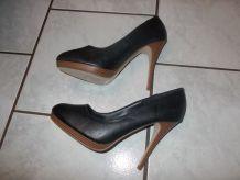 chaussure à talons aiguilles