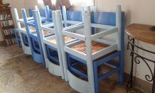 """10 chaises bois style 'ferme"""" à saisr"""