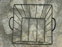 Panier décoratif en métal