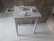 PETITE TABLE D'APPOINT  CERUSEE