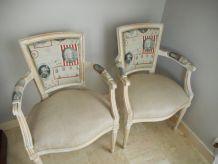 Paire de fauteuils LXVI refaits à neuf