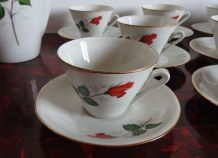 Service en porcelaine de Vierzon  à thé ou café 19 pièces