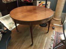 Table avec rallonge, style Louis XVI