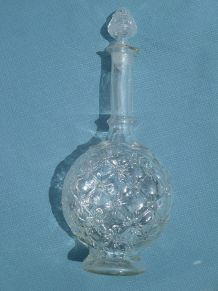carafe  ancienne  en  verre , vintage