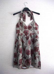 Petite robe courte retro coupe pin'up dos nu