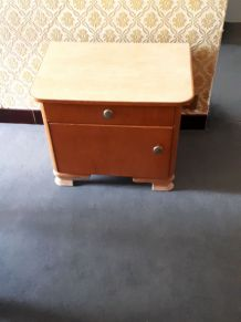 TABLE CHEVET ANNEE 50