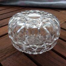 Très jolie  Bonbonnière en verre moulé et pressé vintage Fra