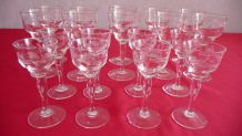 Service a liqueur en verre ciselé