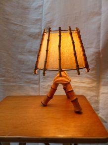 Lampe en rotin