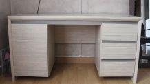 Bureau 3 tiroirs + porte