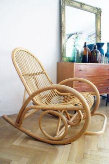 Rocking chair vintage en rotin 70's / Fauteuil à bascule