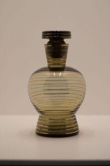 carafe en verre fumé typique années 50