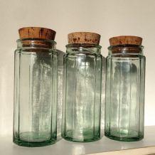 Trio de bocaux anciens en verre cannelés