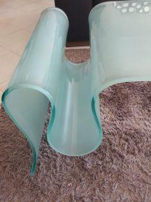 table de salon design en verre trempe