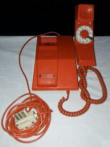 Téléphone à cadran orange de 1980 marque THOMPSON
