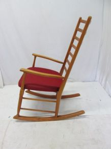 rocking chair vintage rotin scandinave luckyfind. Black Bedroom Furniture Sets. Home Design Ideas