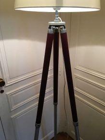 grand lampadaire créé s/ancien trépied photo (1m90)