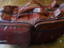 ancien sac de voyage en cuir marron