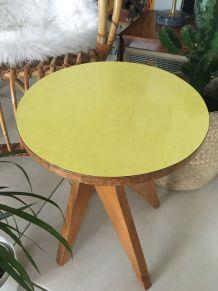 Petite table formica jaune vintage
