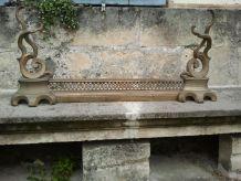 Parure de cheminée en bronze