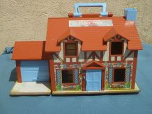 maison Tudor no 952 Vintage Fisher Price