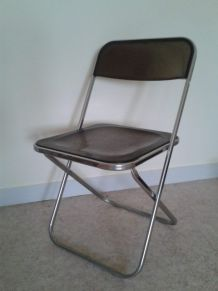 Chaise pliante chrome plexiglas fumé marron années 70