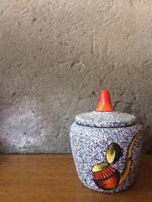 Pot en céramique vintage à décor de pipe