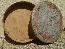 boite  ronde  en  bois  ancienne , vintage