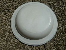 grande  assiette  émaillée  blanche  ,  vintage