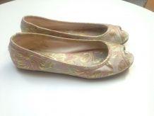 Chaussures ouvertes rose poudré et doré taille 39