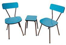 Paire de chaises et tabouret en formica
