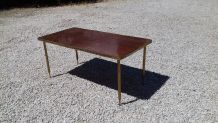 Table basse en bois vernis