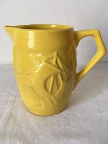Pichet jaune ancien Céranord .