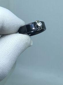 T52 Jolie BAGUE ancienne en céramique noire sertie Brillant