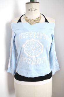 Top tshirt haut bleu clair épaules dénudées tendance