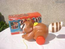 Raton-laveur à tirer 1979 Fisher Price  dans boite carton