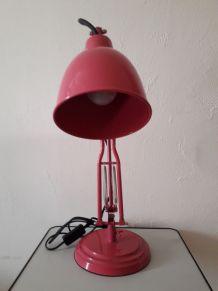 LAMPE DE BUREAU FUSCHIA