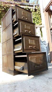 meuble industriel strafor