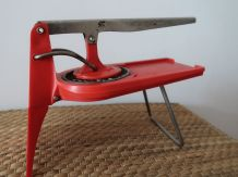 Ancien coupe frites rouge RODREY made in france