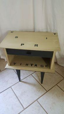 Table de chevet vintage relookée