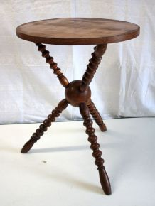 Table d'appoint baroque & moderne