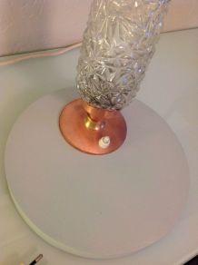 Lampe de chevet verre conique et pied en cuivre vintage anné