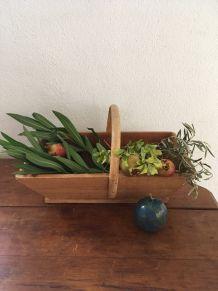 Panier de jardinier en bois.
