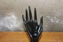 Porte bagues main en porcelaine noire