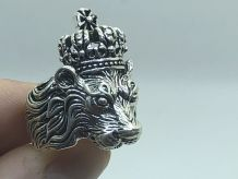 Jolie BAGUE CHEVALIERE LION JUNGLE ROI PAYS BAS SILVER BIJOU