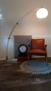 LAMPADAIRE STYLE ARCO