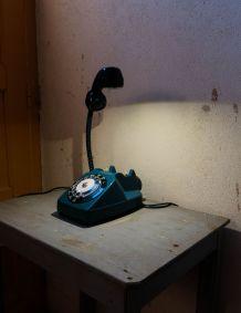 Lampe téléphone années 70.