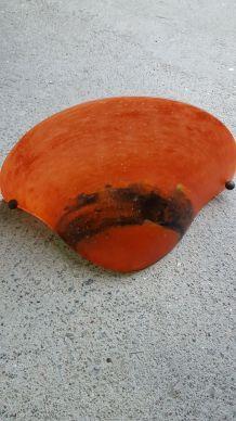 2 Appliques en pâte  de verre orange et bleue